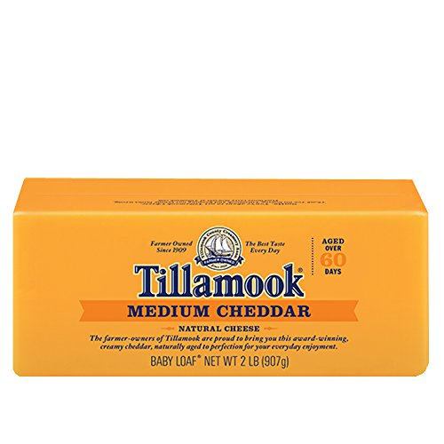 Tillamook, Cheddar Medium Bar, 32 Ounce