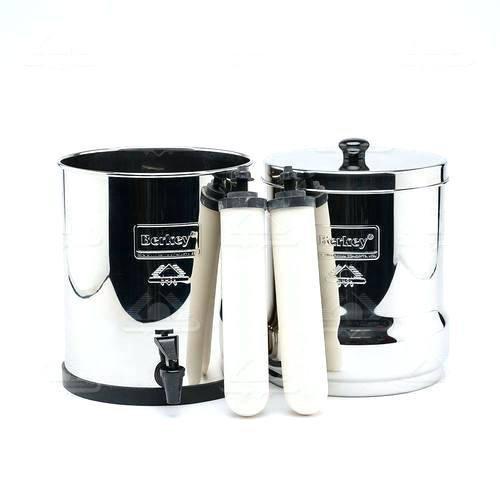 Travel Berkey Water Filter System w/ 2 White Ceramic Super Sterasyl Filters Bundled w/ 1-set of Fluoride Filters (PF4)- BK4X2-CF- Best Berkey Combo for Great Tasting Water by Berkey (Image #4)