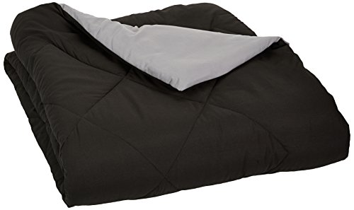 AmazonBasics Reversible Microfiber Comforter - Full/Queen, Black (Warm Comforter)