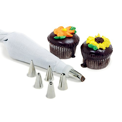- Norpro 8 Piece Cake/Decorating Set