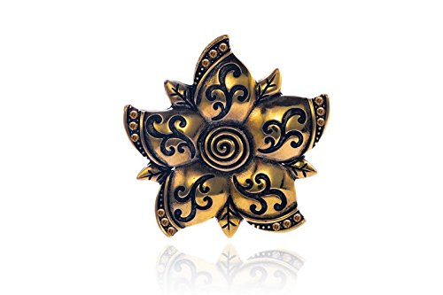 - Paisley Textured Flower Antique Gold-Finished Pendant With Light Topaz Preciosa Czech Crystal 52.6x53mm pack of 1pcs