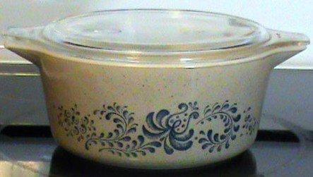 - Vintage Pyrex Homestead Casserole Dish Bakeware 2 1/2 Quart Lidded Casserole