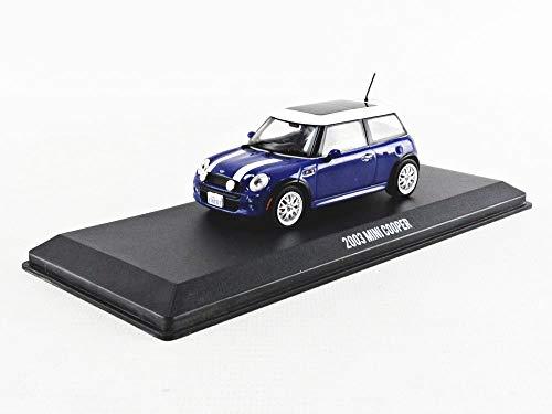 Greenlight 86546 The Italian Job - 2003 Mini Cooper S - Blue with White Stripes 1:43 Scale