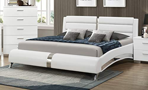 Coaster Home Furnishings Jeremaine Queen Upholstered Bed with Metallic Accents, White