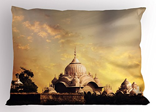 Imperial Palace Duvet - Lunarable Asian Pillow Sham, Indian Antique Old Monumental Temple with Historical Asian Imperial Palace Picture, Decorative Standard Queen Size Printed Pillowcase, 30 X 20 Inches, Multicolor