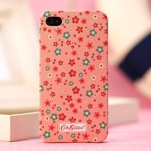 Cath Kidston   IPhone 5   Red Little Flower Case  Amazon.co.uk ... a77440b410