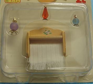 Amazon.es: Estante con toalla y perfumes de baño. Escala 1/12. Apto para todas las casas de muñecas standard: Juguetes y juegos