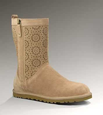 UGG Women's Lo Pro Short Perf Boot Fawn Size 7 B(M) US