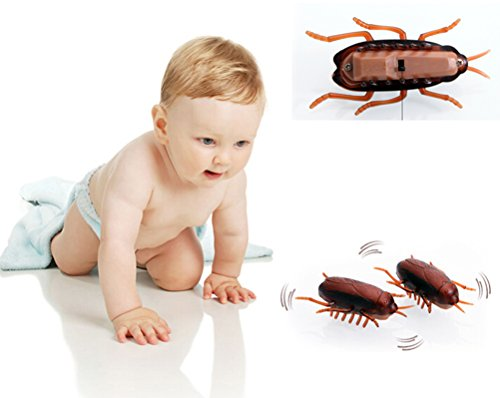 2 X Yonger Shock Crawling Cockroach for Baby Toy Fake Roaches Prank Bugs Look Real