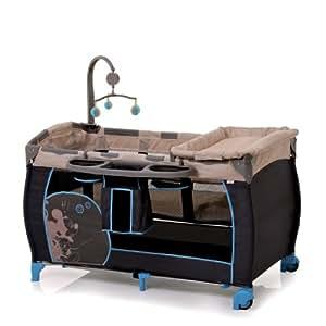Hauck 607336 Babycenter Flick - Cuna de viaje con colchón para colgar, organizador con compartimentos, cambiador y móvil musical, diseño de Mickey Mouse (60 x 120 cm), color gris y beige