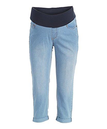 Sass & Sassy Women's Plus Size Capri Crop Straight Cuff Pull On Jeans (1X, Light) ()