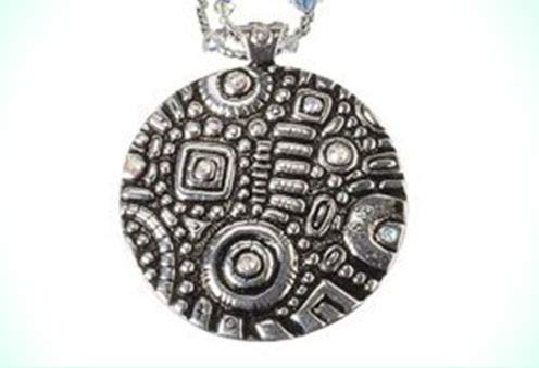 (Textured Mosaic Medallion 48mm Antique SILVER Plated Rhinestone Pendant)