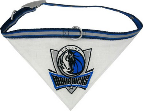 Pets First NBA Dallas Mavericks  Pet  Bandana, Small