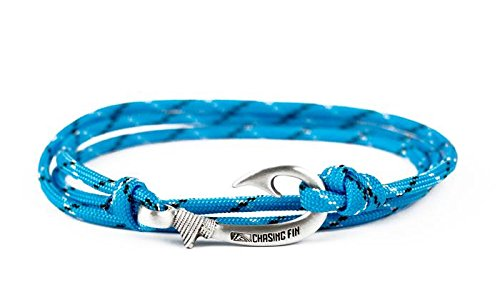 Chasing Fin Adjustable Bracelet 550 Military Paracord with Fish Hook Pendant (Ice Cold)