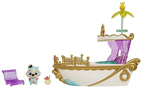 Palace Pets S.S. Pawcation Royal Yacht Playset -