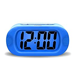 JUN-Q Portable Travel Alarm Mini Night Light Digital Alarm , Easy Setting, Silicone Protective Cover Silent LCD Large Screen Bold Numbers with Snooze,Battery Powered Alarm Clock Blue