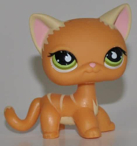Shorthair Kitten #525 (Orange, Green Eyes, White Ears) - Littlest Pet Shop (Retired) Collector Toy - LPS Collectible Replacement Single Figure - Loose (OOP Out of Package & Print)
