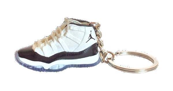 Amazon.com: Nike Jordan 11 XI Negro de