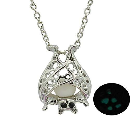 (1 piece New womens wens Openwork Night Light Necklace Night Glowing Animal Bat Pendant fashion beautiful grils and boys)