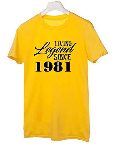 Tshirt Living legend since 1982 - idea regalo compleanno - happy birthday - Tutte le taglie by tshirteria Giallo