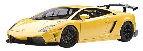 LP560-4 Trofeo Blancpain 2009 - Yellow 1:18 Scale Diecast Model by AUTOart (2009 Lamborghini Gallardo Lp560 4)