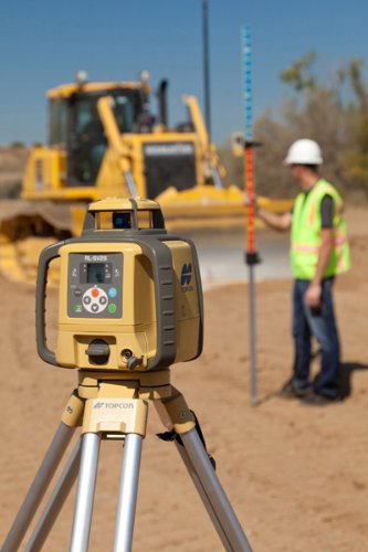 Topcon 313990753 RL-SV2S High Accuracy and Value Dual Slope Laser Level
