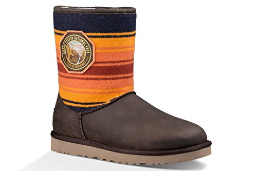 Short Australia Womens Ugg Classic (UGG Women's Classic Short NP Grand Canyon Grizzly Boot 5 B (M))