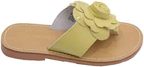 8f60445de L Amour Little Big Kids Girls Yellow Patent Flower Flip Flop Sandals 11-4