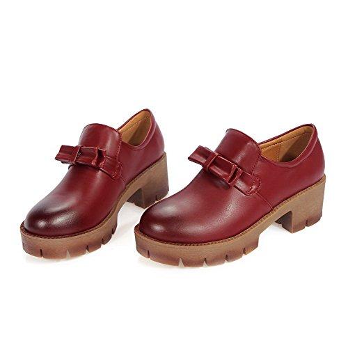 Allhqfashion Mujer Pull On Round Toe Kitten Tacones Cerrados Pu Solid Pumps-Zapatos Red