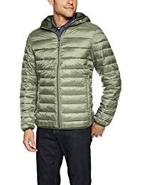 d5f49ce9281dc Men s Lightweight Water-Resistant Packable Hooded Puffer Jacket