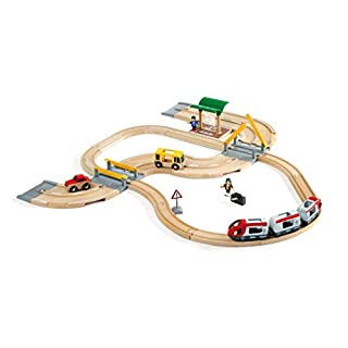 BRIO World - 33209 Rail & Road Travel Set | 33 Piece Train Toy with Accessories and Wooden Tracks for Kids Ages 3 and Up