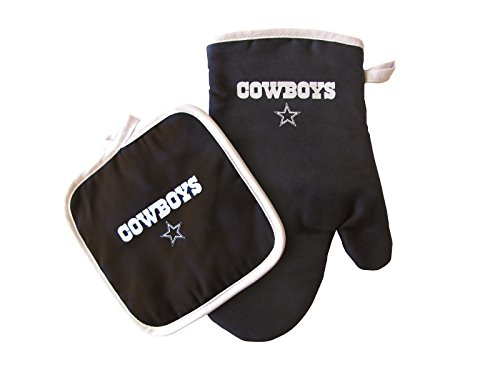 - Pro Specialties Group NFL Dallas Cowboys Oven Mitt and Pot Holder Set