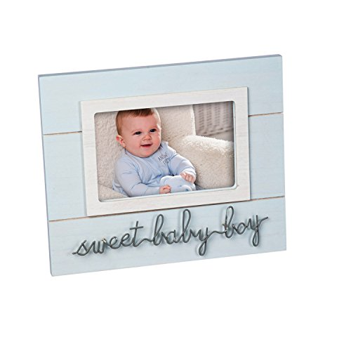 B. Boutique Sweet Baby Blue 4x6 Wooden Picture Frame Evergreen Soy Candle