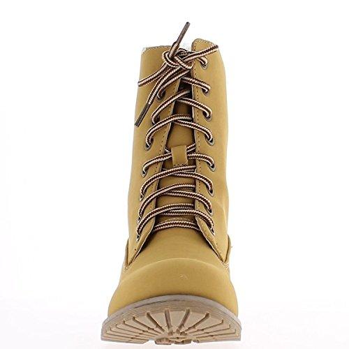Botines llena camello tacón de 3cm y cordones