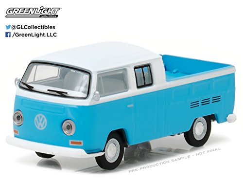 GreenLight 1:64 Club V-Dub Series 4 1968 Volkswagen T2 Type 2 Crew Cab Pickup Blue Diecast Vehicle (Club Cab Models)