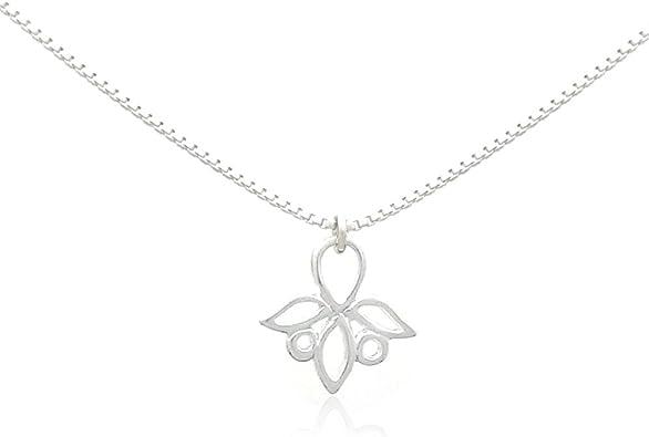 Trillium sterling silver pendant