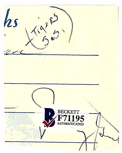 Yogi Berra Signed Autographed 2x2.5 Program Photograph Beckett BAS
