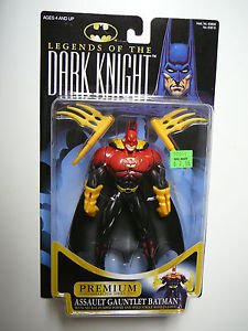 Legends of the Dark Knight Assault Gauntlet Batman Premium Collector -
