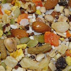 Higgins Avian Treat Fruit to Nut 20lb