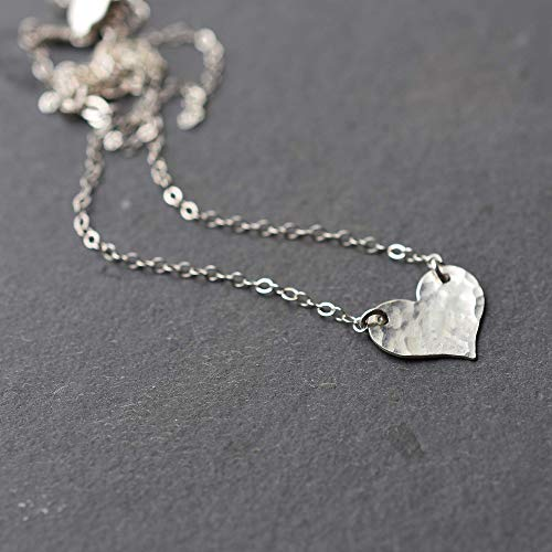 (Sterling Silver Hammered Heart Pendant Necklace Jewelry Gift for Women 16 inches)
