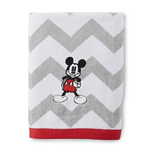 - Disney Chevron Mickey Mouse Bath Towel 28