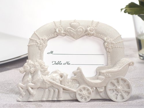 (Enchanted moments wedding coach photo frame From FavorOnline)