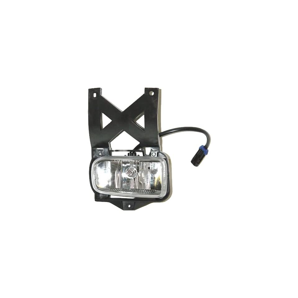OE Replacement Ford Escape Passenger Side Fog Light Assemblyy (Partslink Number FO2593190)