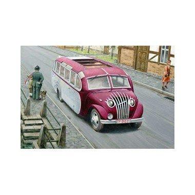 roden-opel-blitzbus-strasenzepp-essen-military-bus-model-kit-by-roden