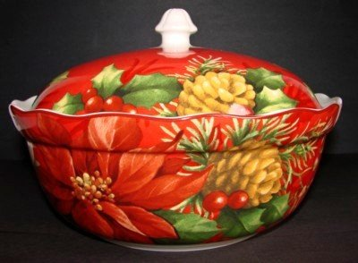 Casserole Holly (222 Fifth Poinsettia Holly Red Christmas Covered Casserole)