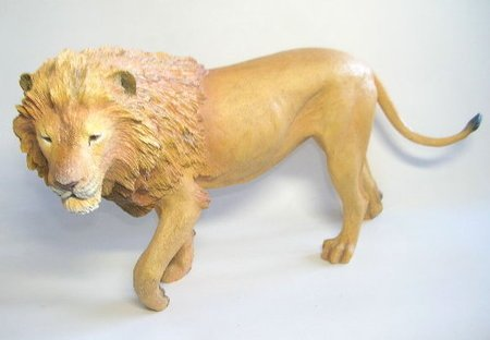 Löwe (Male Lion-King of Serengeti)