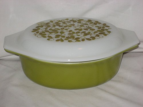 (Vintage Pyrex Verde Green 1 1/2 Quart Oval Casserole Baking Dish w/ Milk Glass)