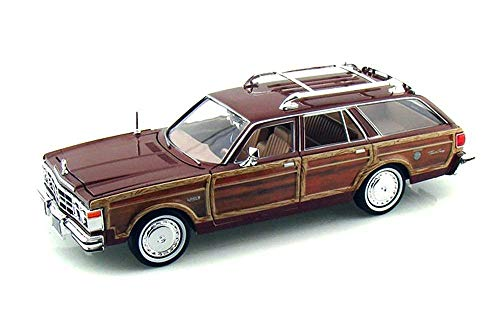 NEW 1:24 DISPLAY MOTOR MAX AMERICAN CLASSICS - TAN 1979 CHRYSLER LEBARON TOWN COUNTRY WAGON Diecast Model Car By Motor Max