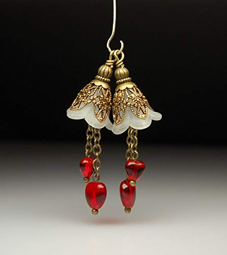 (Design Ideas - Bead Dangles Vintage Style White Frost Lucite Flowers Red Hearts Pair R519 - Unique Selection Beads)