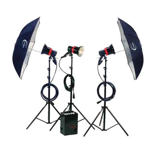 Speedotron 2403LS3 Three Light Studio Kit Includes: 2405CX LV Power Supply & 202VF CC Light Unit with 7